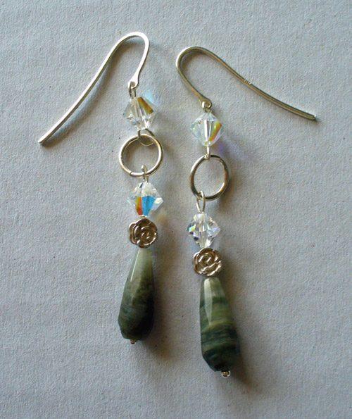 Collana perline creare gioielli fai da te bigiotteria for Orecchini con pietre dure fai da te