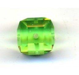 swarovski - cubo peridot mm. 8